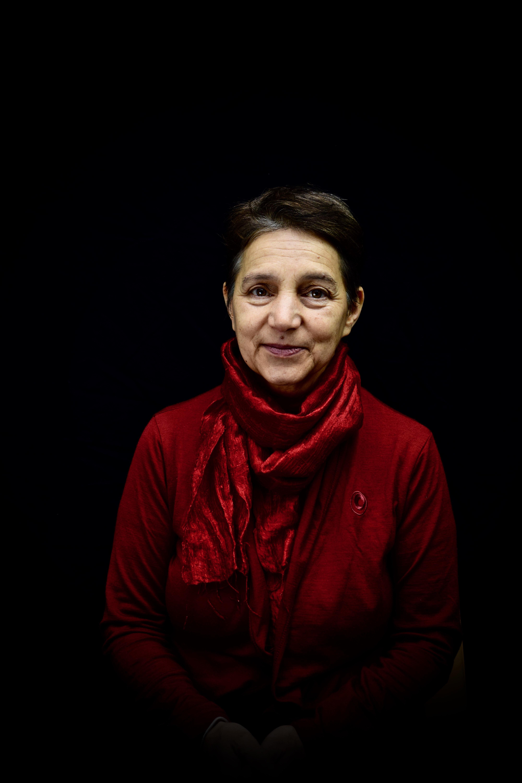 Yudit Kiss écrivaine témoigne pour les femmes migrantes -